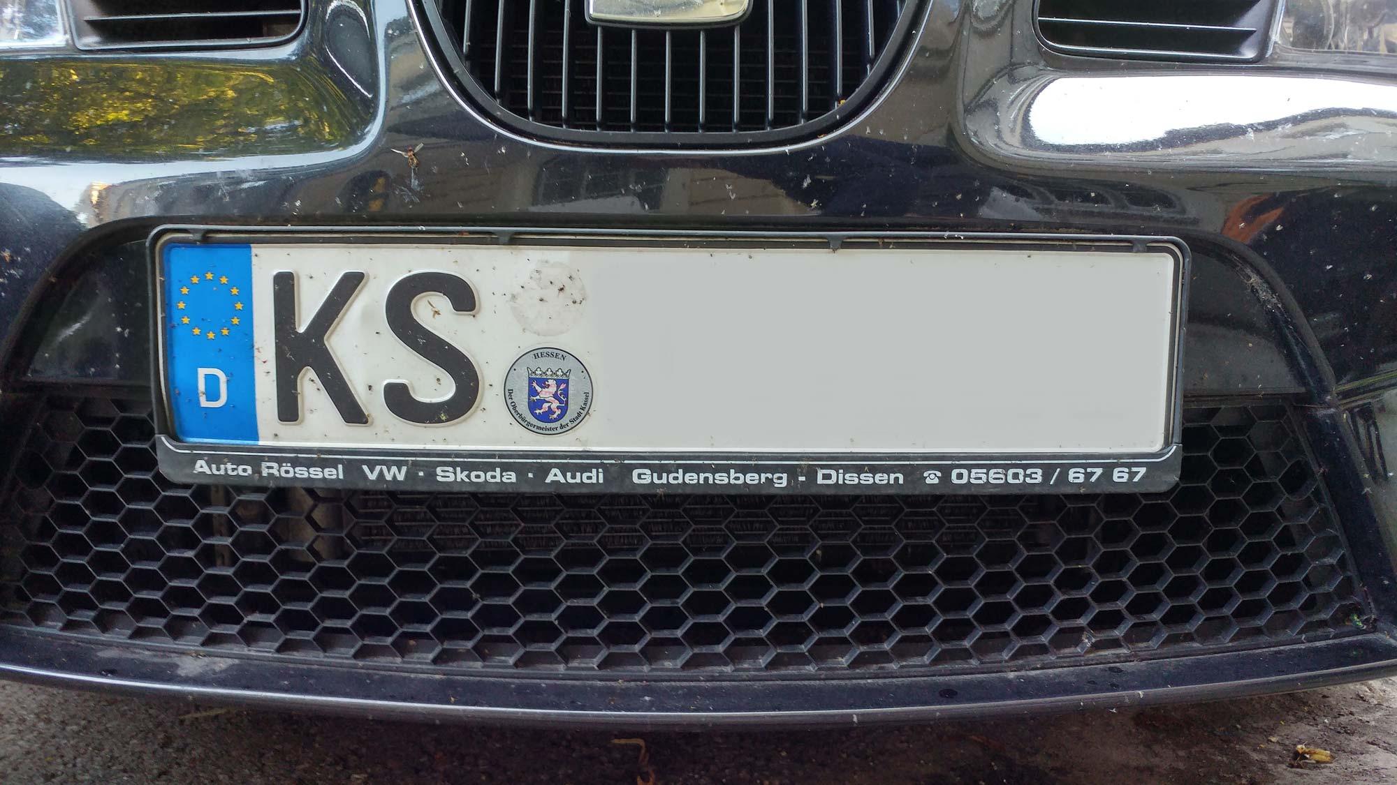 Auto mit dem Kennzeichen KS